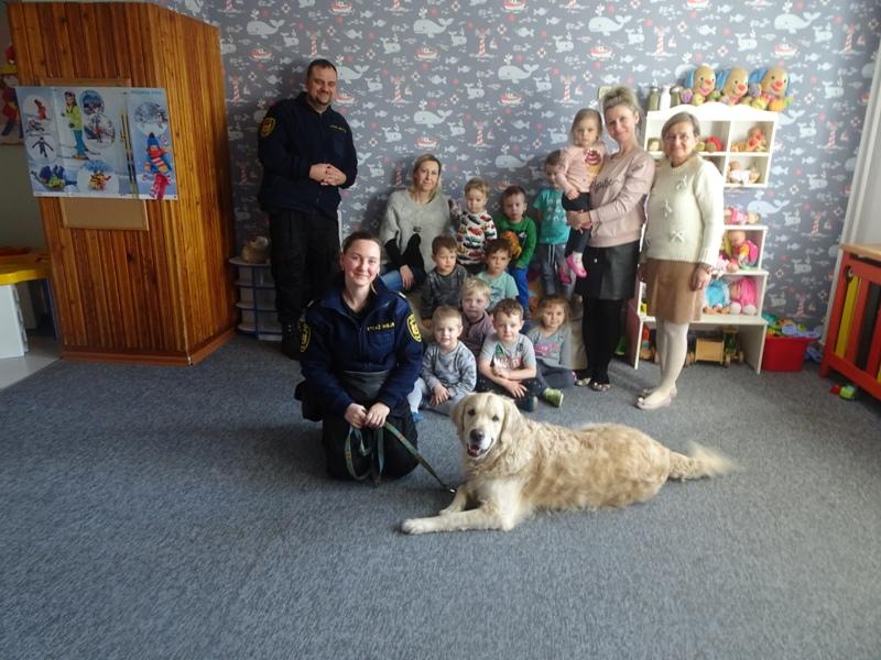 pies w przedszkolu 2020-02-26